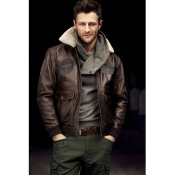 Men's Leather Flight Bomber Jacket in brown - Deniro
